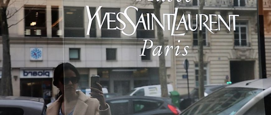Museo Yves Saint Laurent Paris